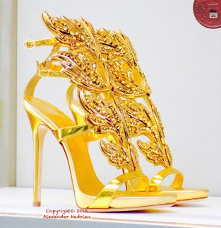 Shine bright like a diamond - #GuisseppeZanotti